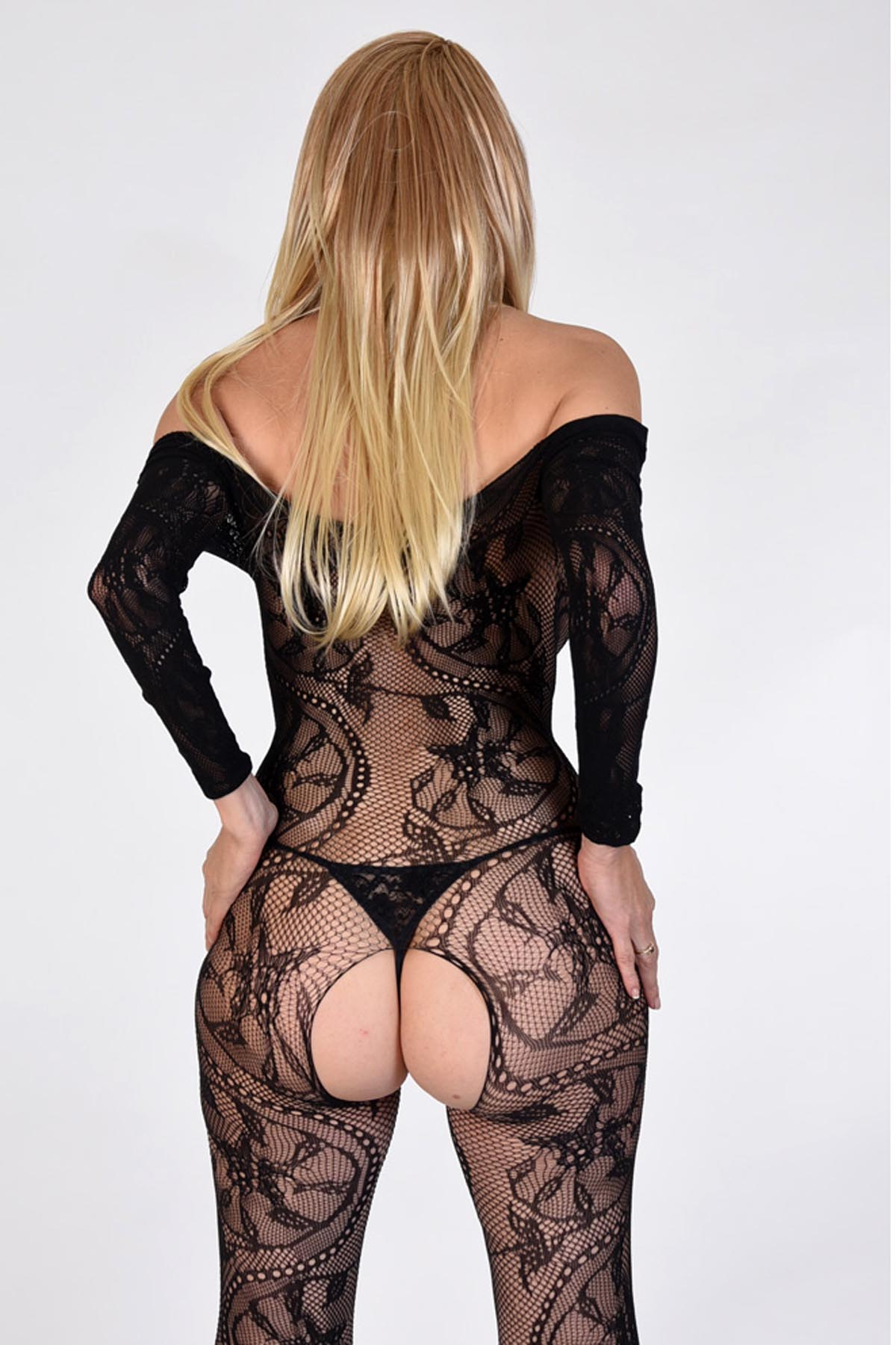 Roxanne London Independent Escort, back view